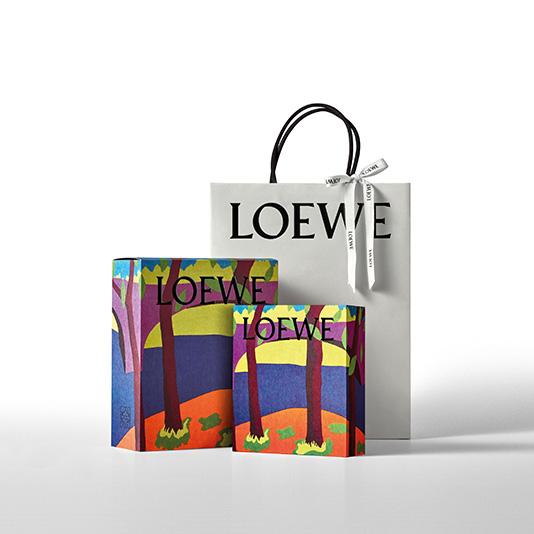 Empaquetado de temporada - Perfumes LOEWE