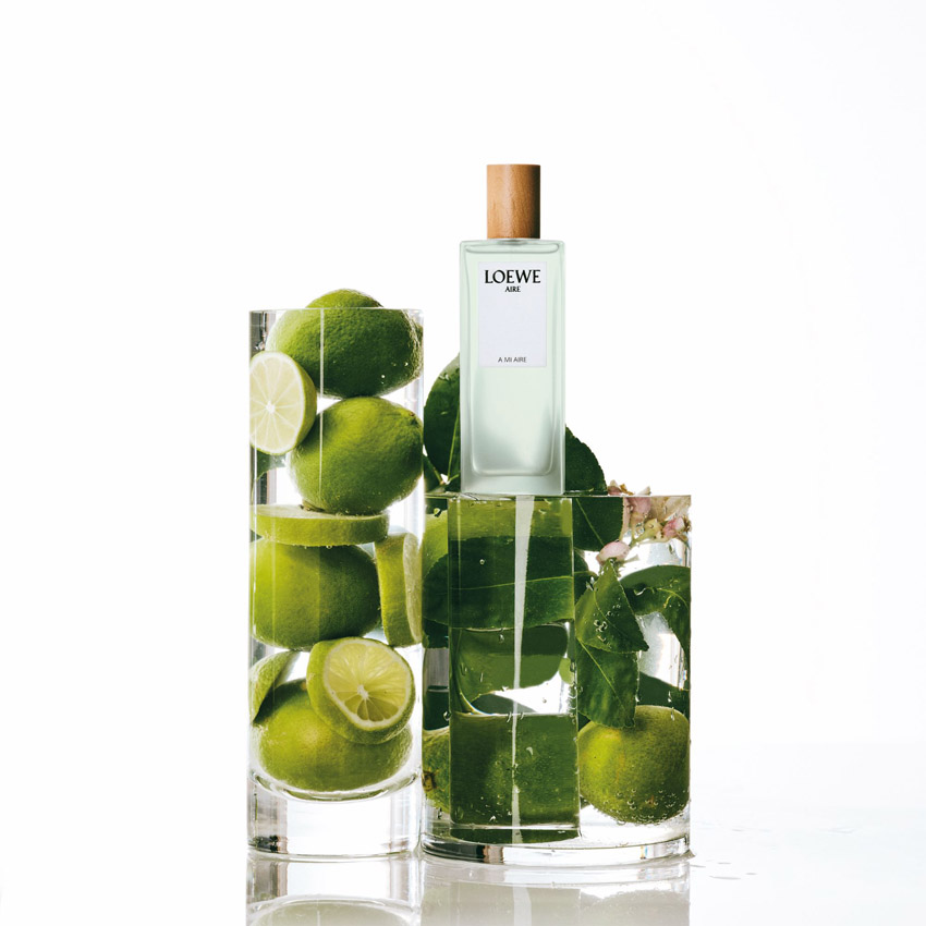 LOEWE Perfumes - A Mi Aire